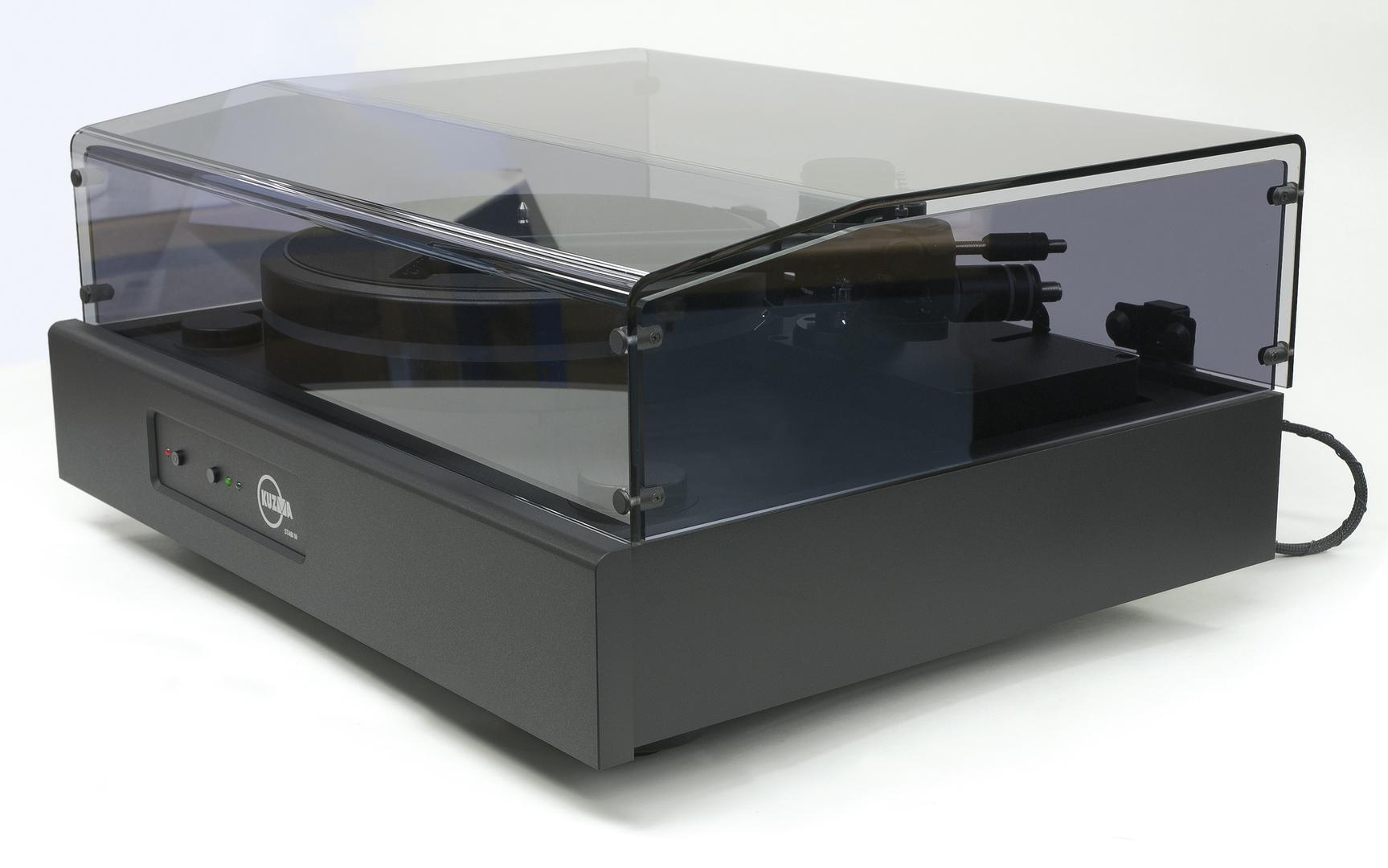 Kuzma Stabi M Turntable with 4 Point Single Wire Tonearm Fitted