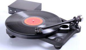 Audio Solutions Kuzma Stabi M Turntable with 4 Point Single